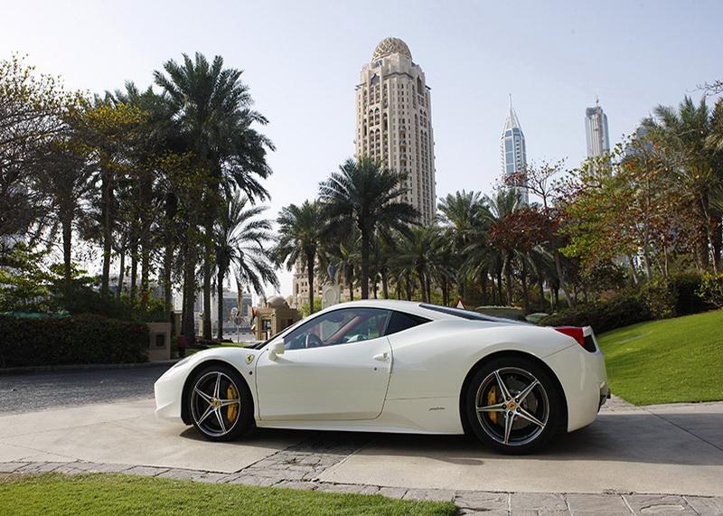 Ferrari_white